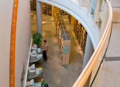 Kokkola City Library – Regional Library / Ground floor internet for customers, first floor non fiction literature / Photograph by Joni Virtanen, 2008
