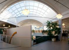 Kokkola City Library – Regional Library / Panorama 1st floor / Photograph by Joni Virtanen, 2008