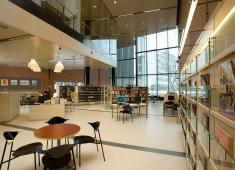 Lohja City Library / Photograph by Hans Koistinen, 2006